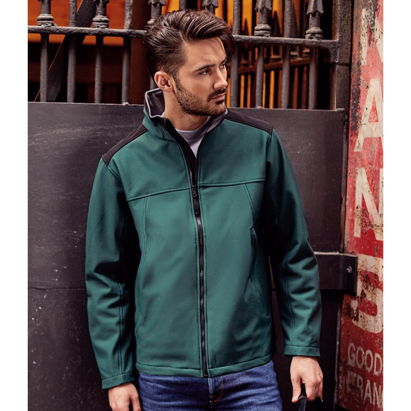 018m russell soft shell work jacket